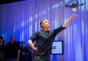 "Raffaello D'Andrea (9T1) won the 2015 Engelberger Award — sometimes called the ""Nobel Prize"" of robotics."